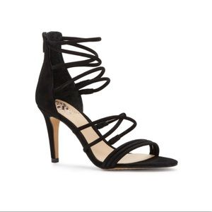 Vince Camuto Cadela Black Strappy Sandals 7 NWT